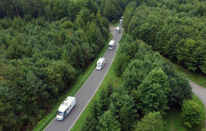 Wohnmobil-Konvoi in Walldürn